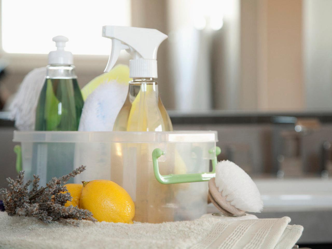 domácí čistící prostředky do koupleny