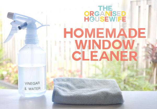 doma vyrobený přírodní čistič na okna