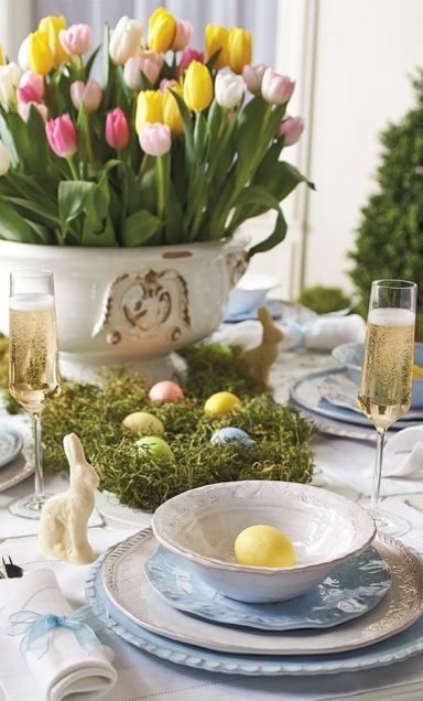 farebné tulipány sú veselou a efektnou dekoráciou