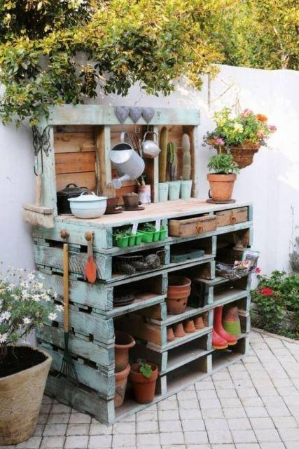 záhradný pomocník