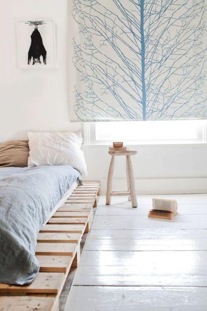 palety sú populárnym materiálom na výrobu nábytku