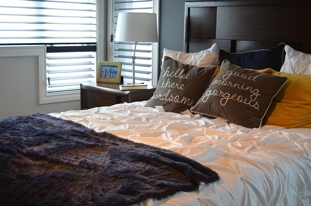 713b6c90dffb4 Veľké postele pre veľkých chlapov a milovníkov pohodlia: jednoducho ...