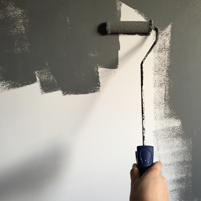 3b25dc188f67 Niekto si radšej objedná profesionálnych maliarov a niekto to chce proste  zvládnuť sám. Poradíme vám
