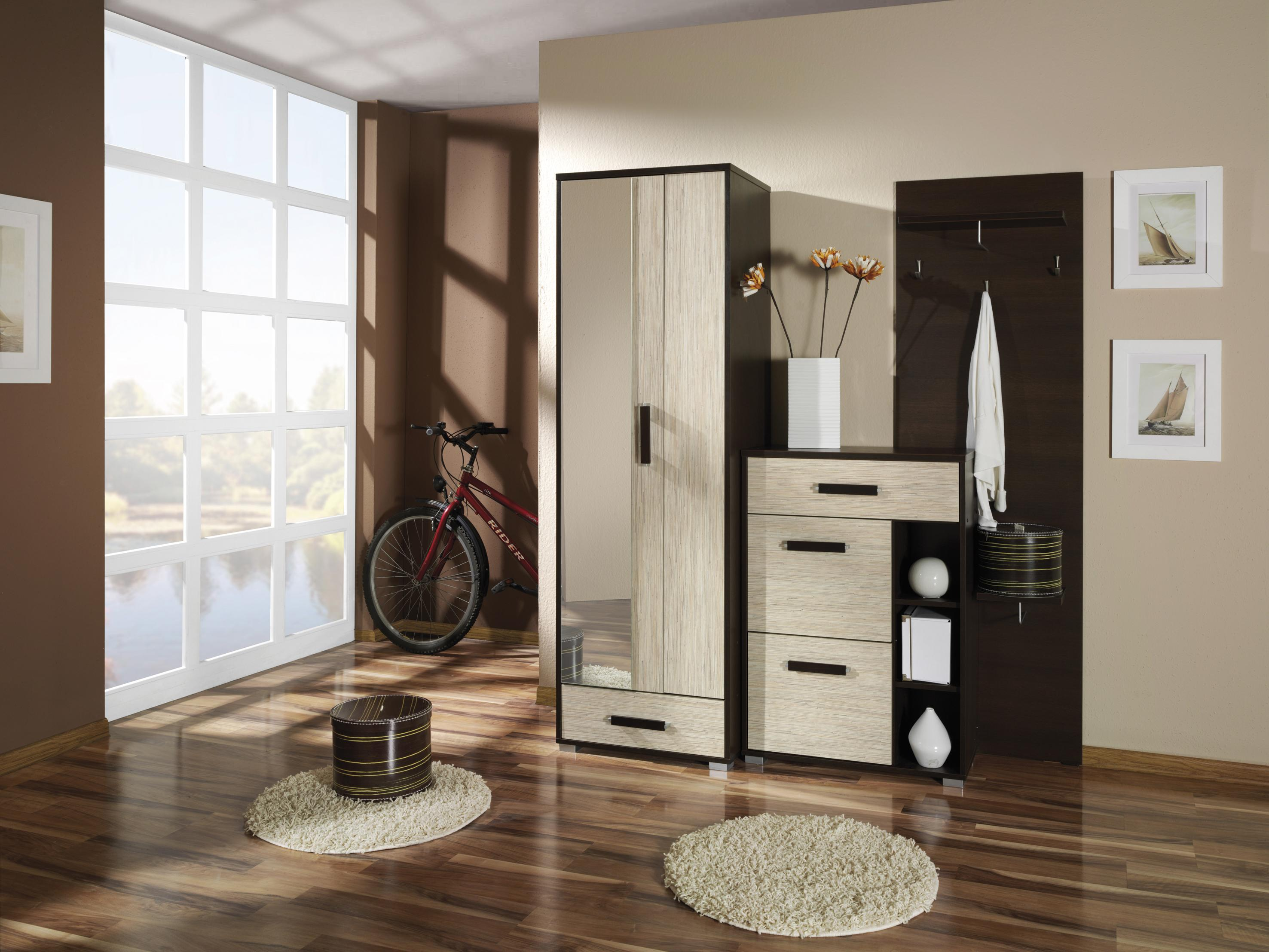 d3cb6fcd4b45 Predsieň je akousi vstupnou bránou do bytu alebo domu a práve ona má  možnosť spraviť dobrý prvý dojem na vašich hostí. Okrem toho by mala byť aj  praktická ...