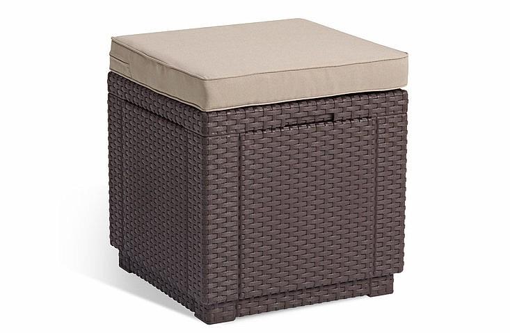Záhradná taburetka - Deokork - Cube (hnedá) (um. Ratan) *vankúš ZADARMO. Akcia -41%. Sme autorizovaný predajca Deokork. Vlastná spoľahlivá doprava až k Vám domov.