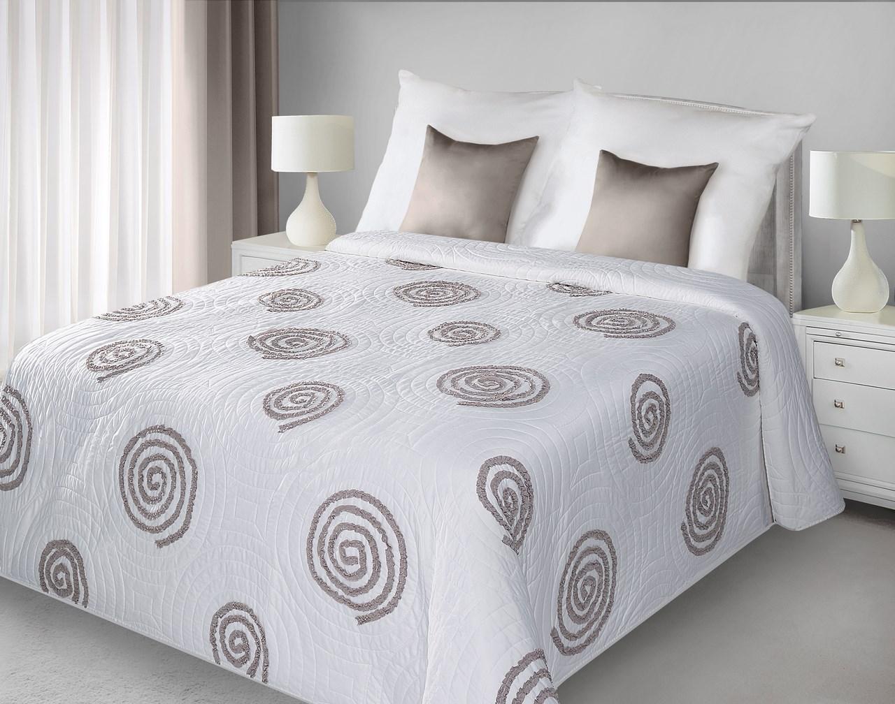 Prehoz na posteľ 240x220 cm - Eurofirany - Opi (biela + béžová). Akcia -21%. Sme autorizovaný predajca Eurofirany. Vlastná spoľahlivá doprava až k Vám domov.