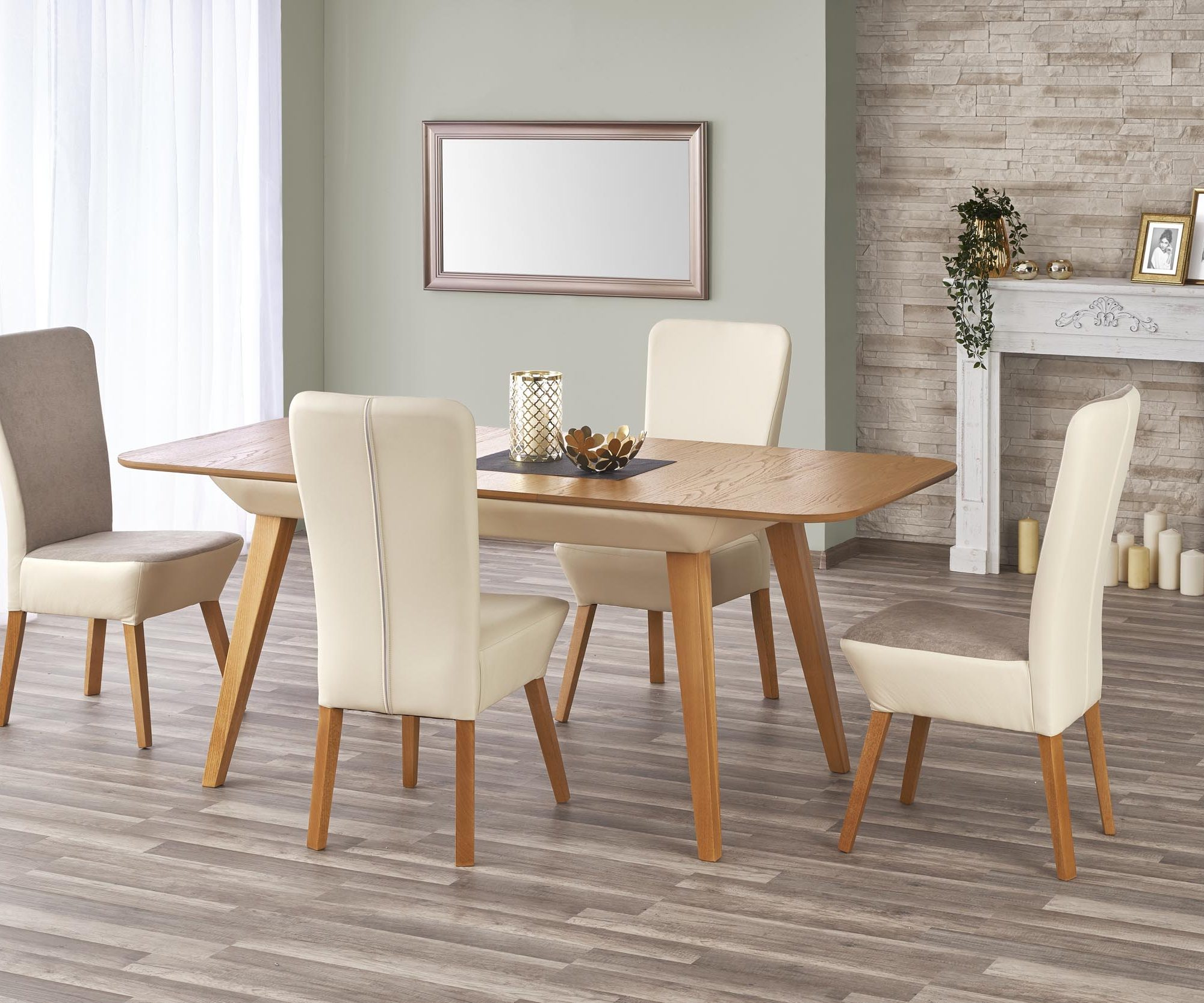 Jedálenský stôl Orchid (pre 6 až 8 osôb)
