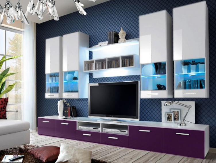 Obývacia stena - Aston 2 (biela + fialová) (s osvetlením). Akcia -32%. Vlastná spoľahlivá doprava až k Vám domov.